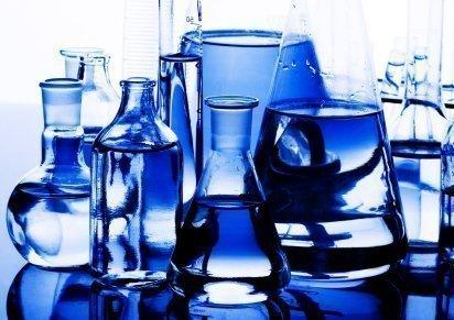 Cuidado com produtos sintéticos de beleza