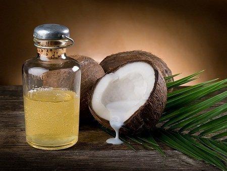 Por que fazer o óleo de coco em casa