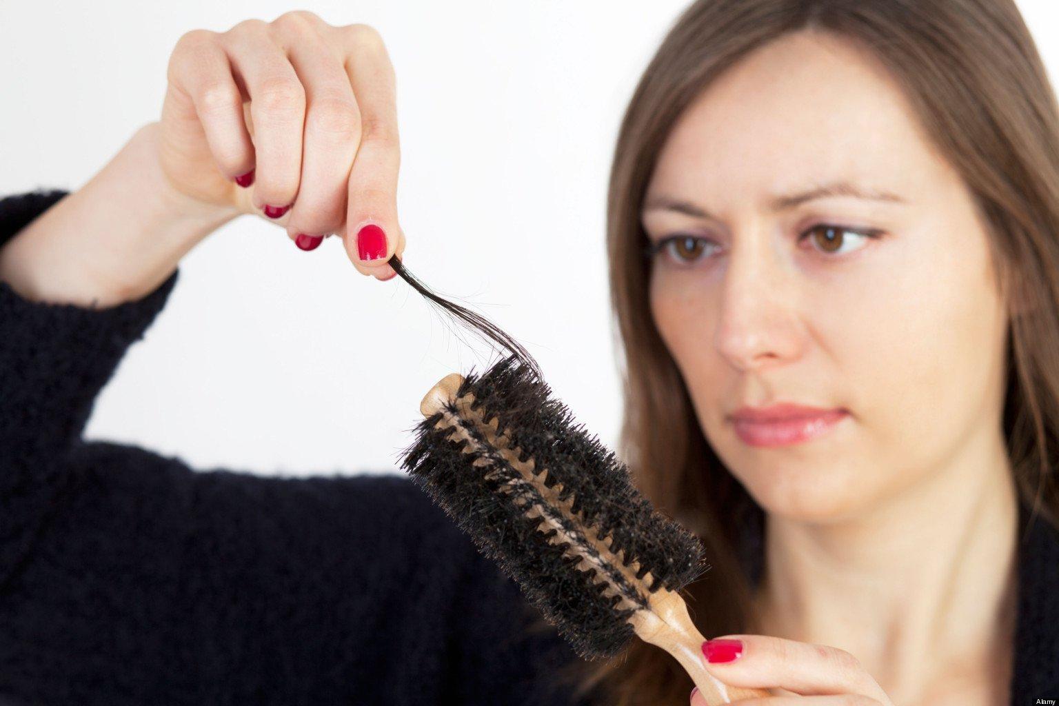 Resultado de imagem para queda do cabelo