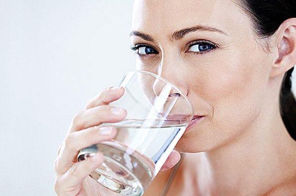 Resultado de imagem para beber agua